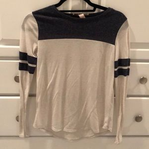 Tops - Comfy long sleeve tee shirt